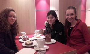 Pause gourmande pour nos 3 drôles de dames!